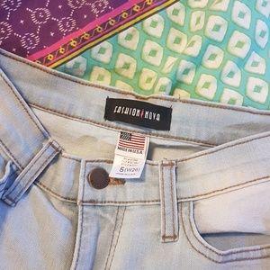 Fashion Nova - Beach Bum Jean's Size 5 (26)